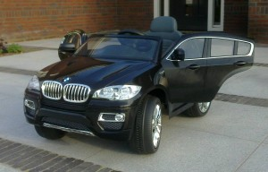BMW_X6_black_Vista_frontal_open_doors