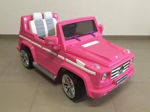 Mercedes-G55-rosa-lateral