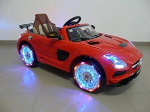 venta-coche-infantil-bateria-mercedes-12-voltios-mando-rc-lo